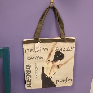 Dasha dance bag